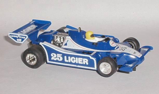 La rentrée à Manage ...  C137_Ligier_JS11_RHS